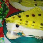 Sernik na zimno z galaretką i jagodami