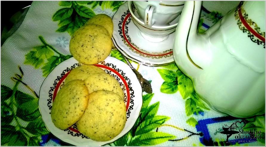 Nakrapiane makowe ciasteczka. Ciasteczka z makiem.