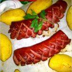 Pieczona kiełbasa i ziemniaczki w ziołach