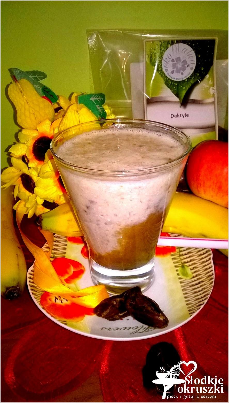 Pomysł na drugie śniadanie. Koktajl kawowo daktylowy z płatkami orkiszowymi 2