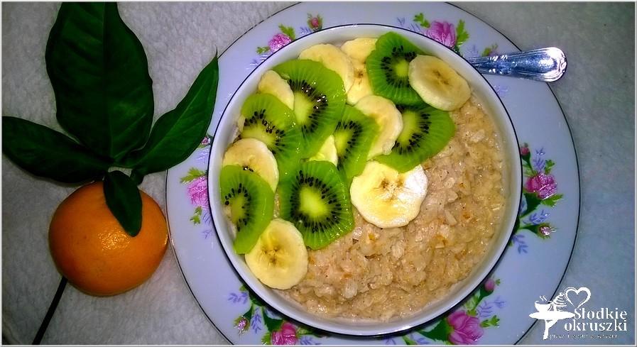 Ryżowo-orkiszowy pudding cynamonowy z owocami 2