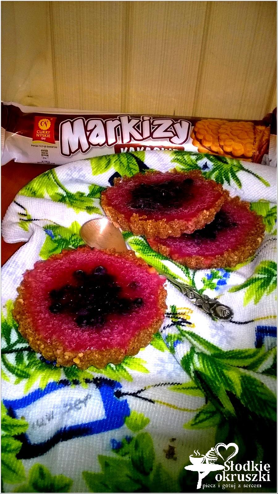 Tartaletki z galaretką i owocami (bez pieczenia).