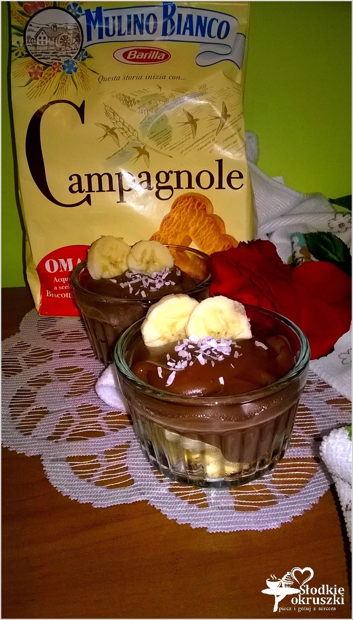 Domowy budyń czekoladowy z bananami i włoskim ciasteczkiem (2)