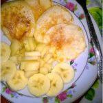 Ekspresowe racuszki z gruszką i bananami
