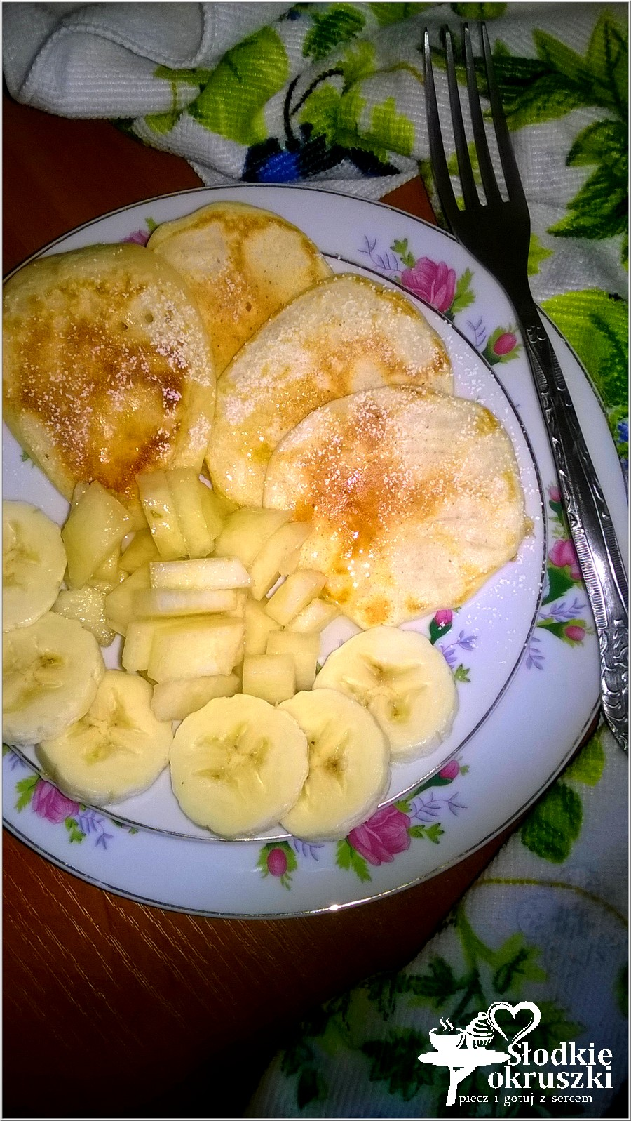 Ekspresowe racuszki z gruszką i bananami (3)