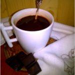 Filiżanka domowej gorącej czekolady