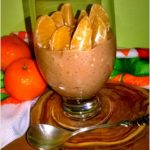 Lekki pudding czekoladowy z mandarynkami i ziarenkami
