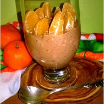 Lekki pudding czekoladowy z mandarynkami i ziarenkami (1)