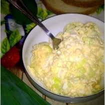 Pasta kanapkowa, z pora, jajek i sera (2)