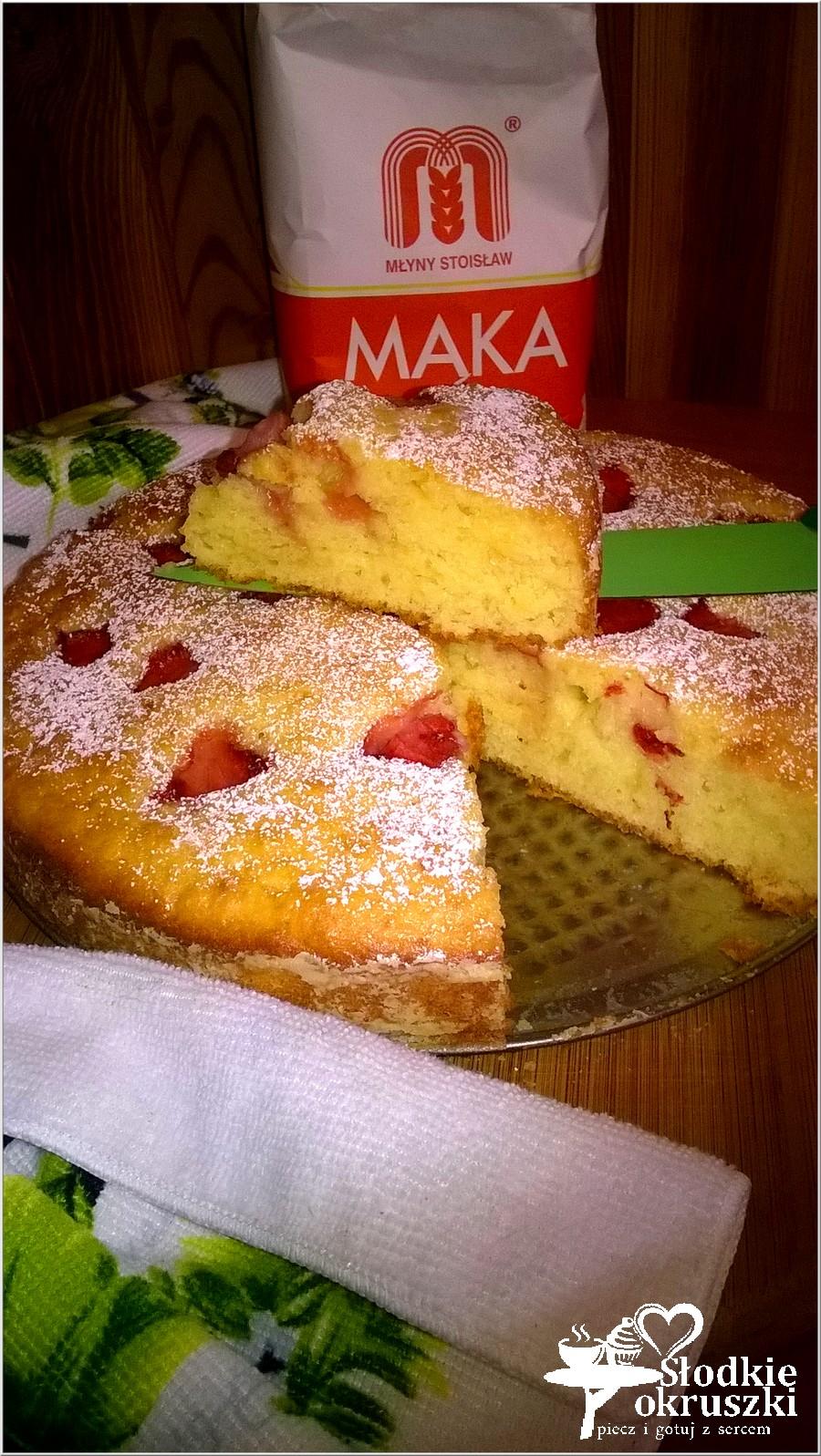 Pyszne ciasto z truskawkami (na owocowo-naturalnych jogurtach) (3)