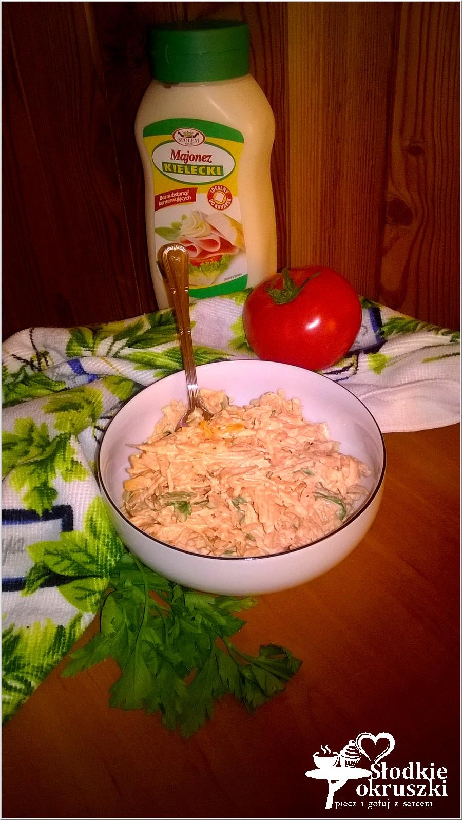 Szybka surówka z marchewki i zielonej pietruszki (4)