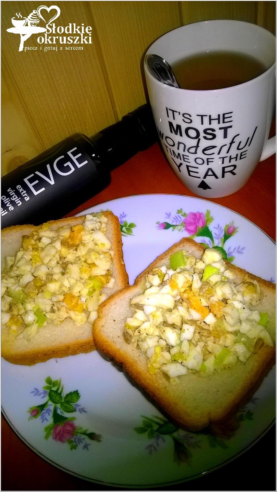 Zdrowa pasta kanapkowa ze słonecznikiem i oliwą z oliwek (1)