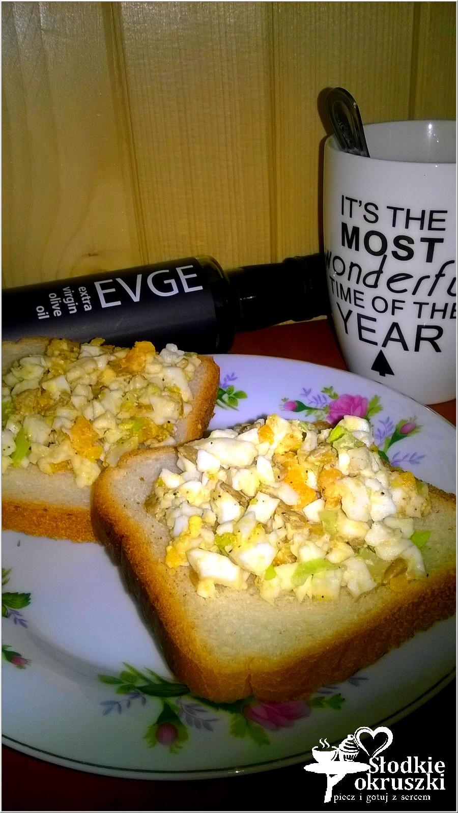 Zdrowa pasta kanapkowa ze słonecznikiem i oliwą z oliwek (2)