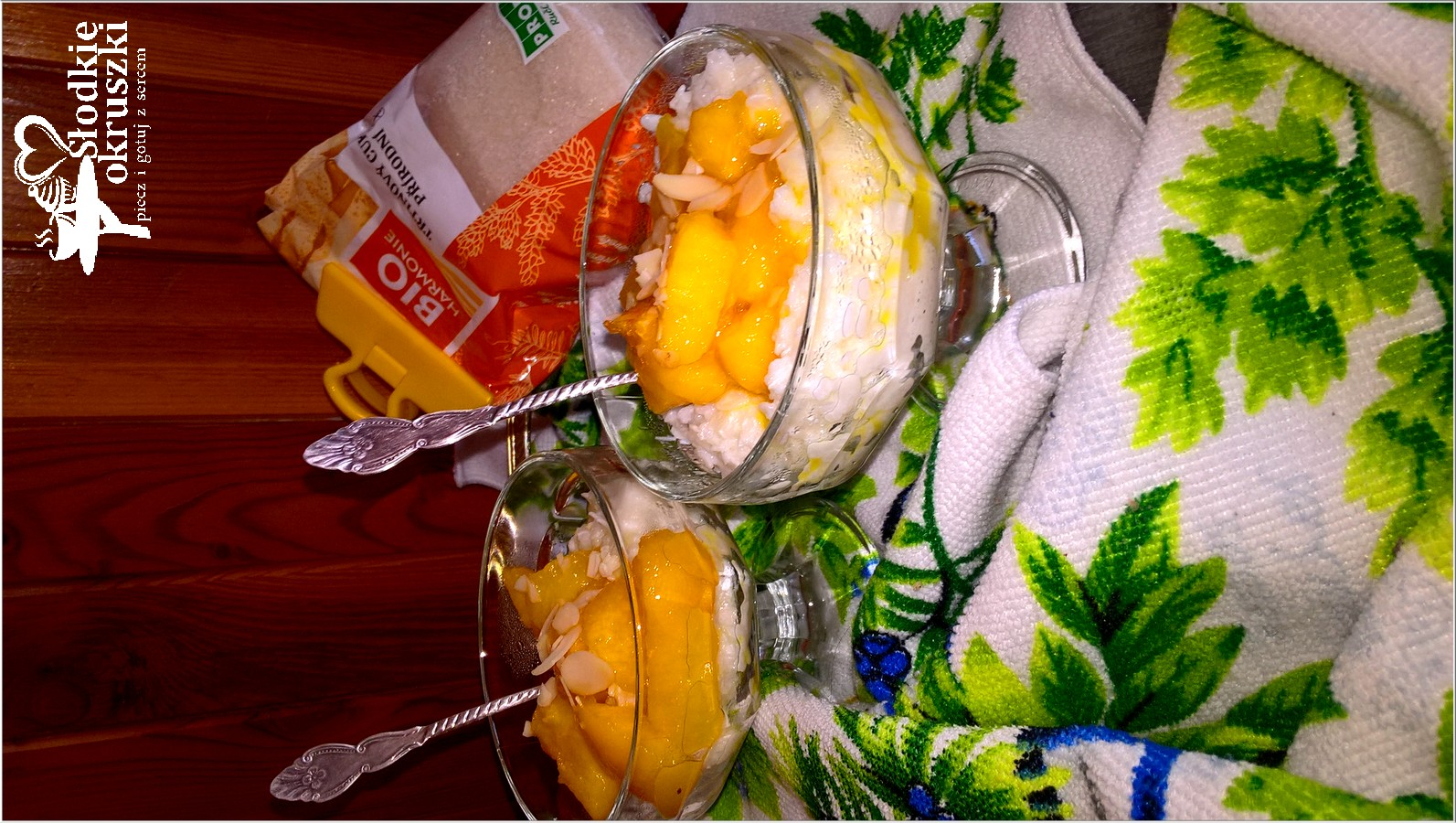 Karmelizowane nektarynki na ryżowej chmurce (2)