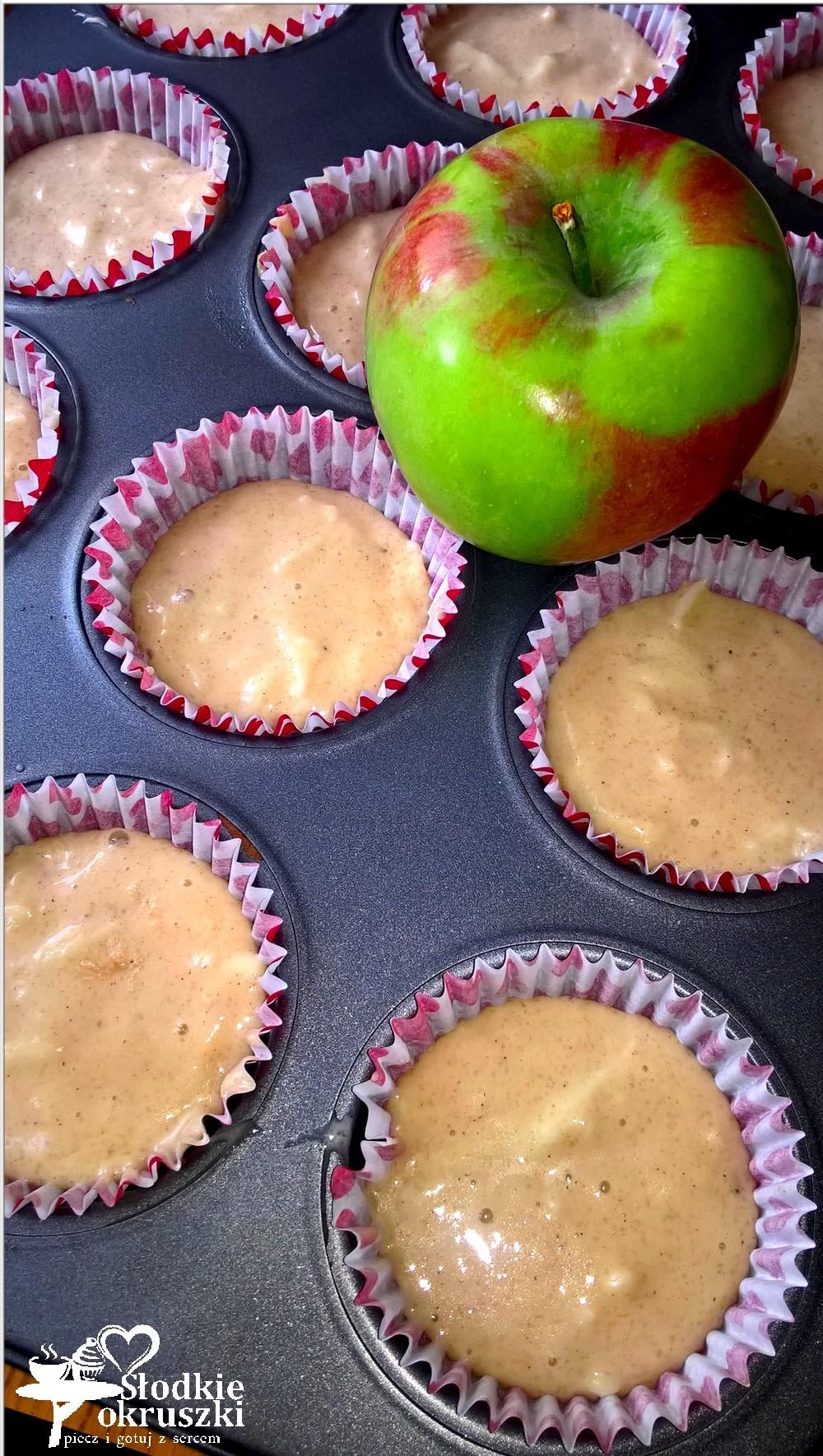 Jabłkowe babeczki z korzenną nutą (2)