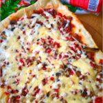 Pizza na cienkim cieście. Przepis na domową pizzę.