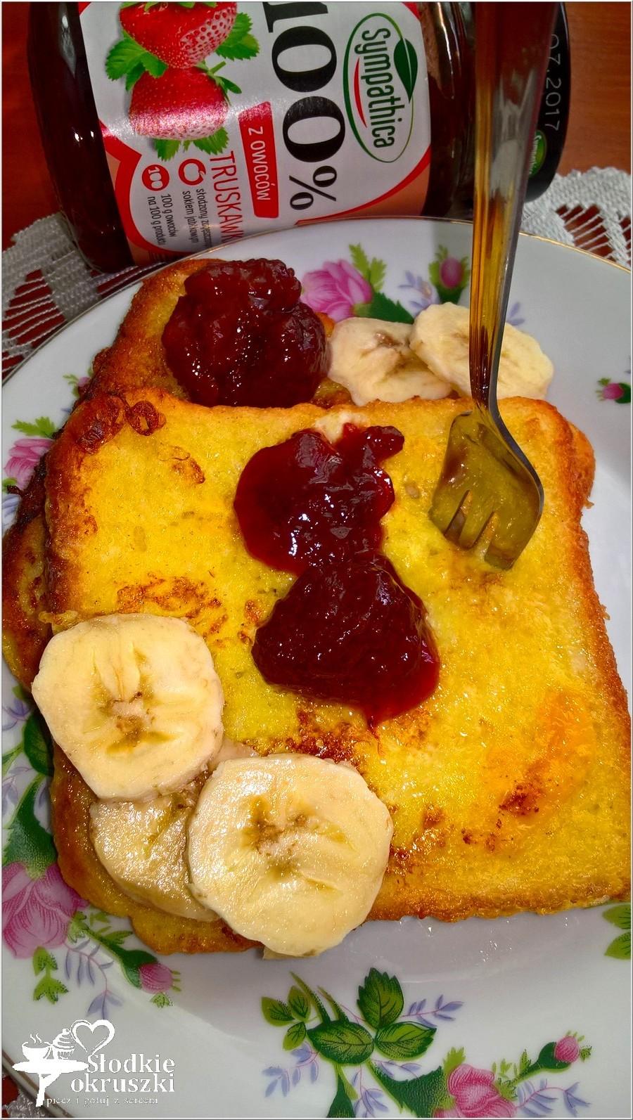 Szybkie, słodkie śniadanie. Francuskie tosty z dżemem i bananem (2)