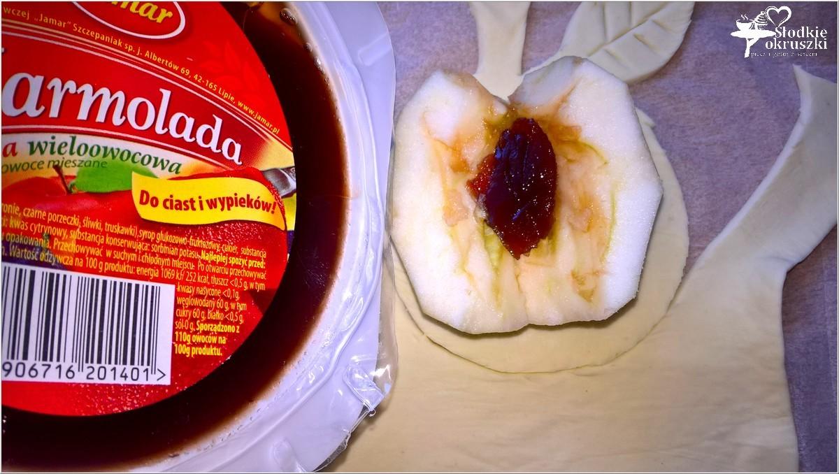 pieczone-jablka-w-ciescie-nadziane-marmolada-7