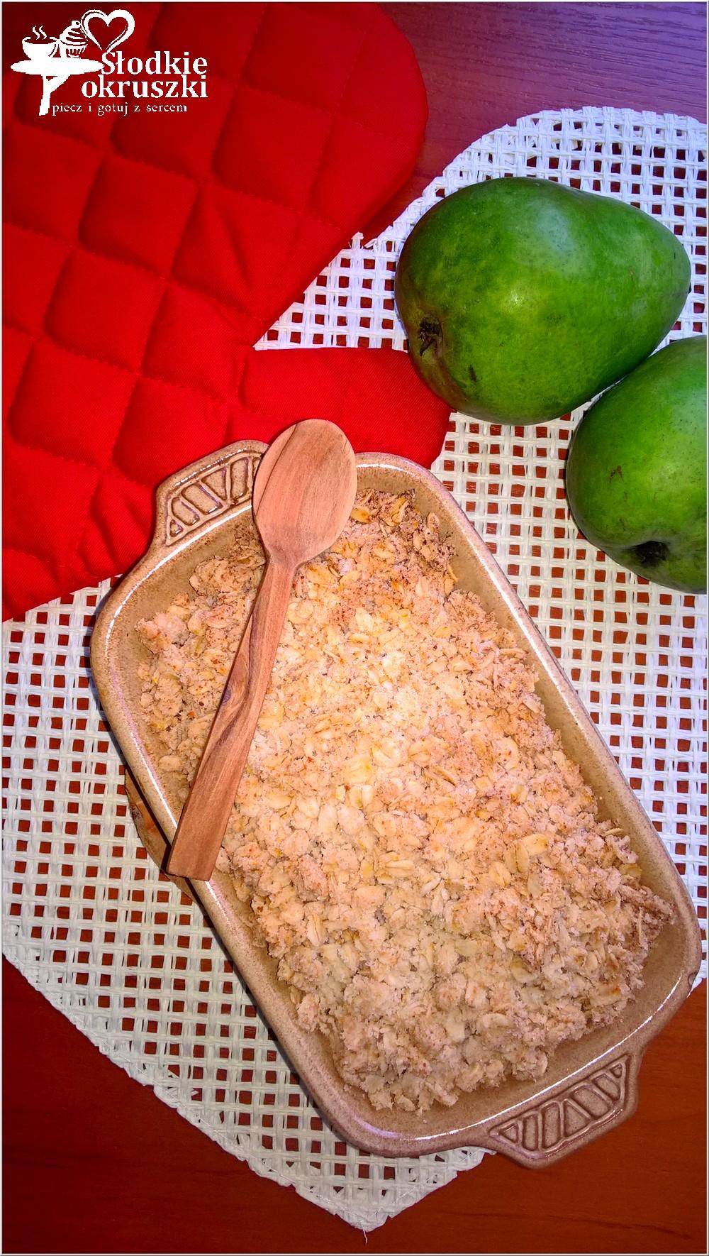 zapiekana-gruszka-pod-zdrowa-kokosowo-kruszonka