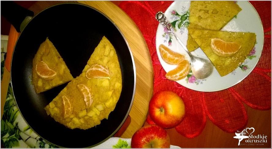 dyniowy-omlet-z-cynamonowym-jablkiem-na-mace-ryzowej-2