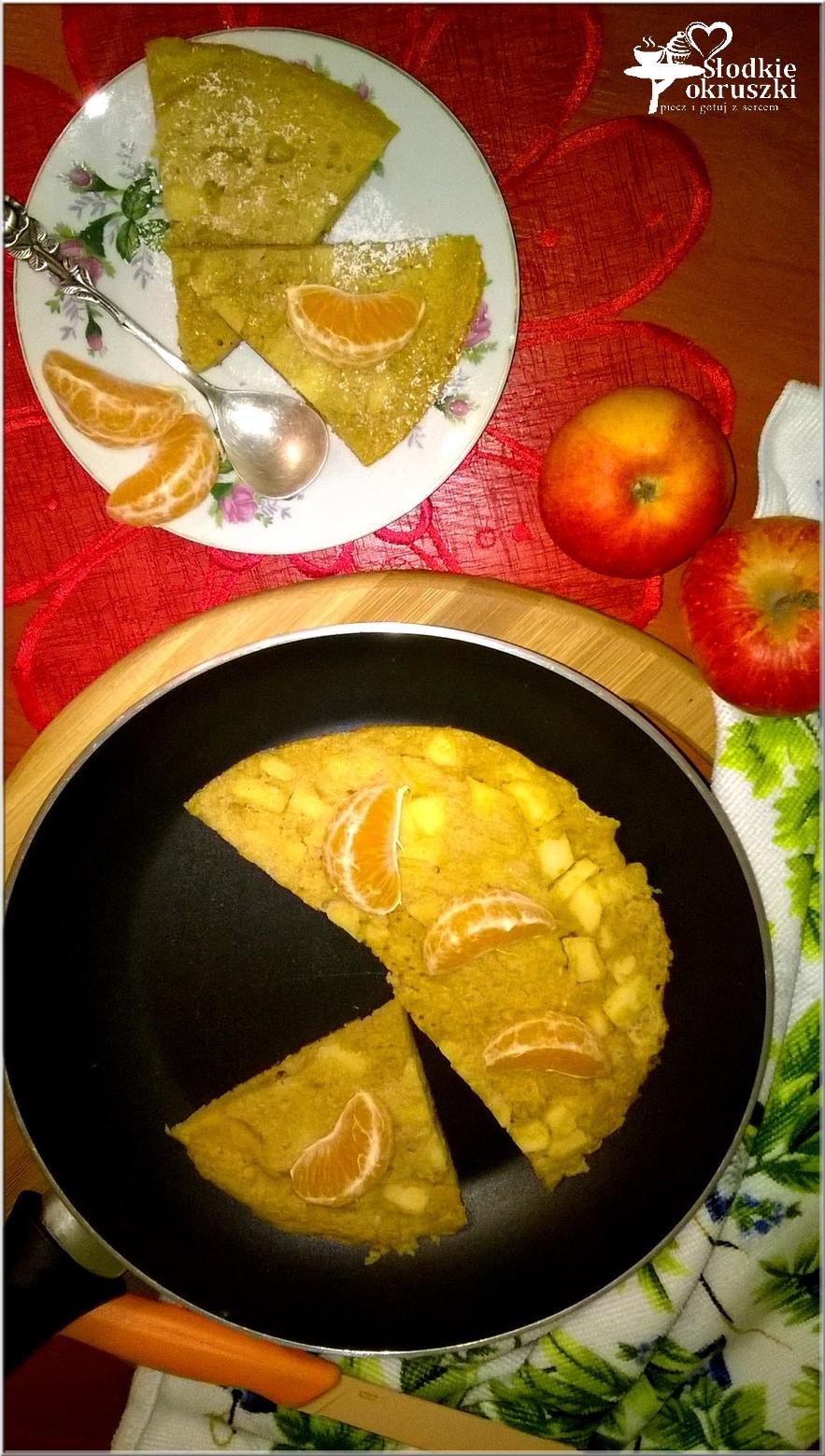 dyniowy-omlet-z-cynamonowym-jablkiem-na-mace-ryzowej-3