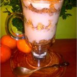 Ekspresowy i zdrowy orkiszowo owocowy pucharek śniadaniowy