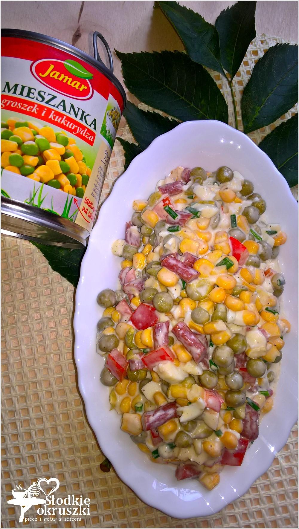kolorowa-salatka-z-kabanosem-2