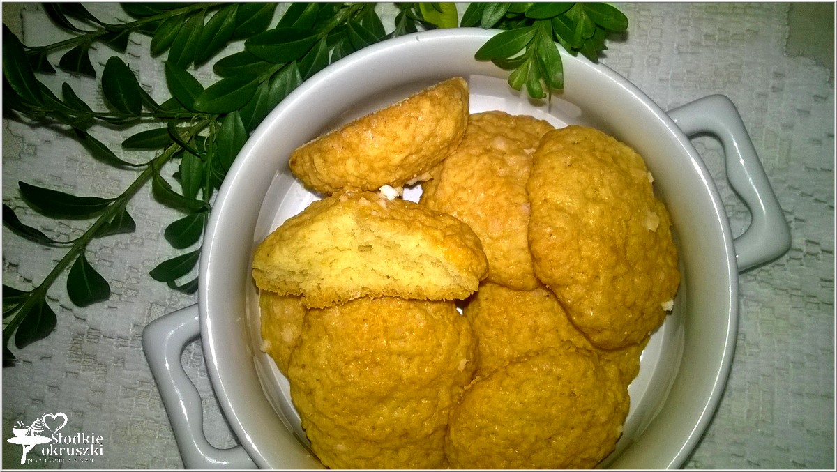 puszyste-kokosowe-ciasteczka-2