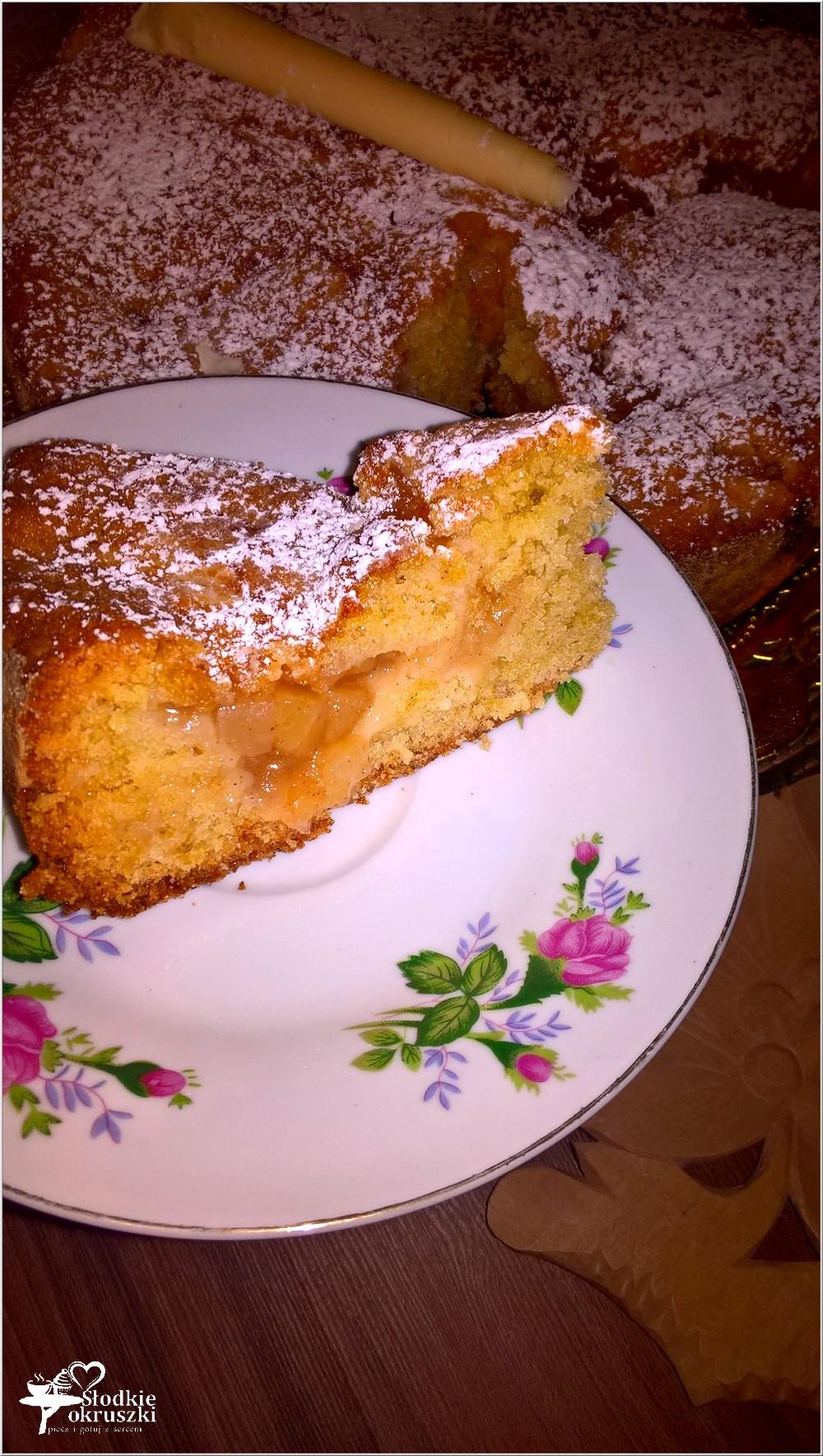 ciasto-z-prazonymi-jablkami-jablecznik