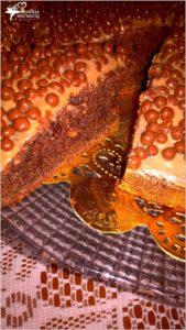 orzechowe-ciasto-z-chrupiacymi-dodatkami-2-blog-slodkieokruszki