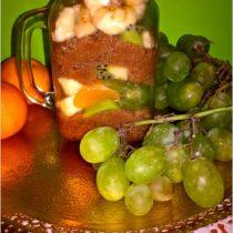 zdrowa-salatka-owocowa-z-cynamonowym-amarantusem