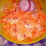 Prosta surówka z marchewki i rzodkiewki