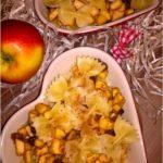 Zapiekany makaron z miodowo-bakaliowym jabłuszkiem