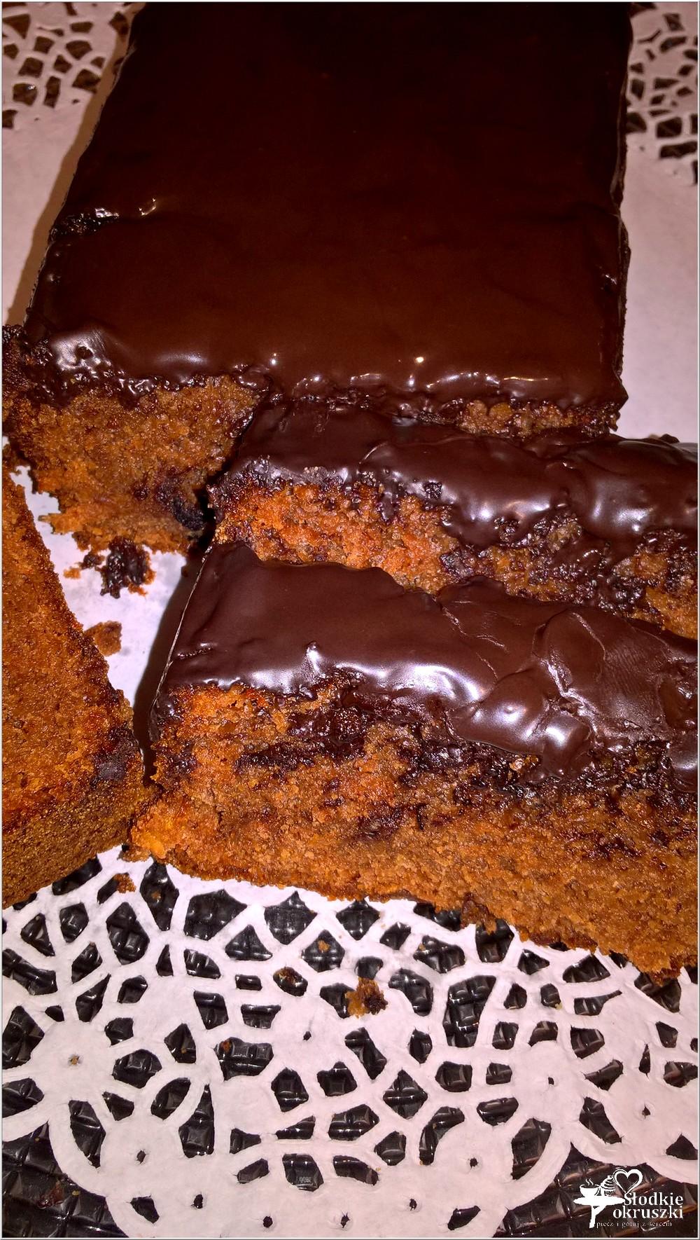 Ciasto czekoladowe wg Nigelli (z konfiturą pomarańczową) (1)