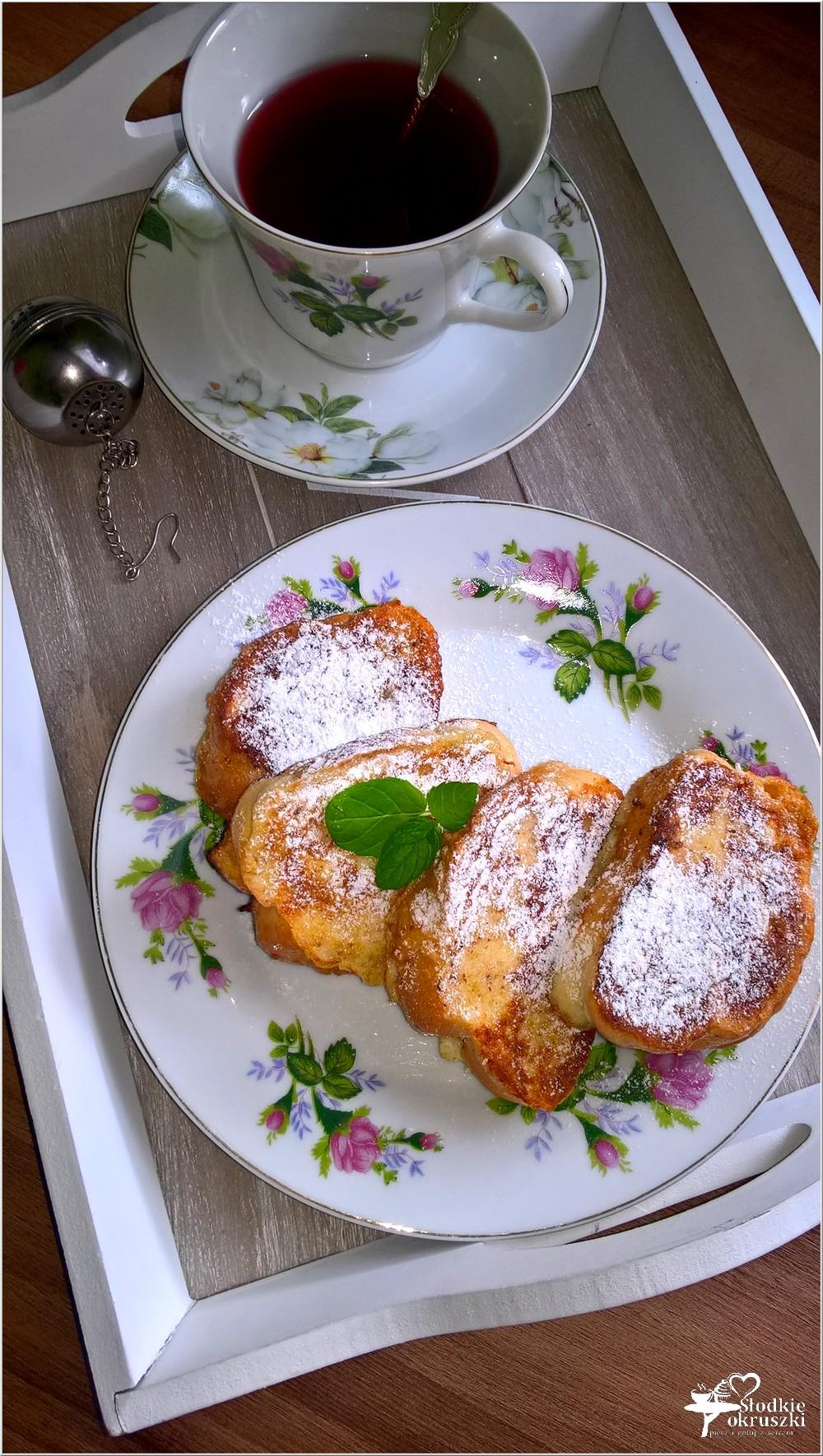 Cynamonowa chałka po francusku i łyk słodkiej wiśni (3)