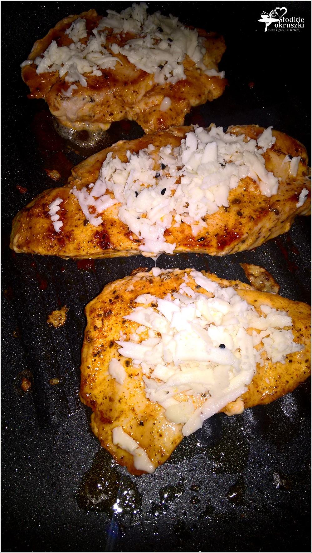 Grillowane piersi z kurczaka z serem korycińskim (3)