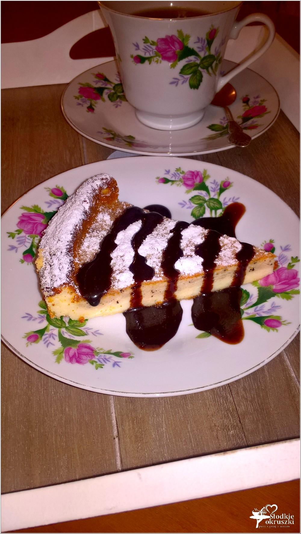 Kawowy sernik z amaretto (dwuwarstwowy) (2)