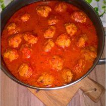 Klopsiki w aromatycznym pomidorowym sosie (1)
