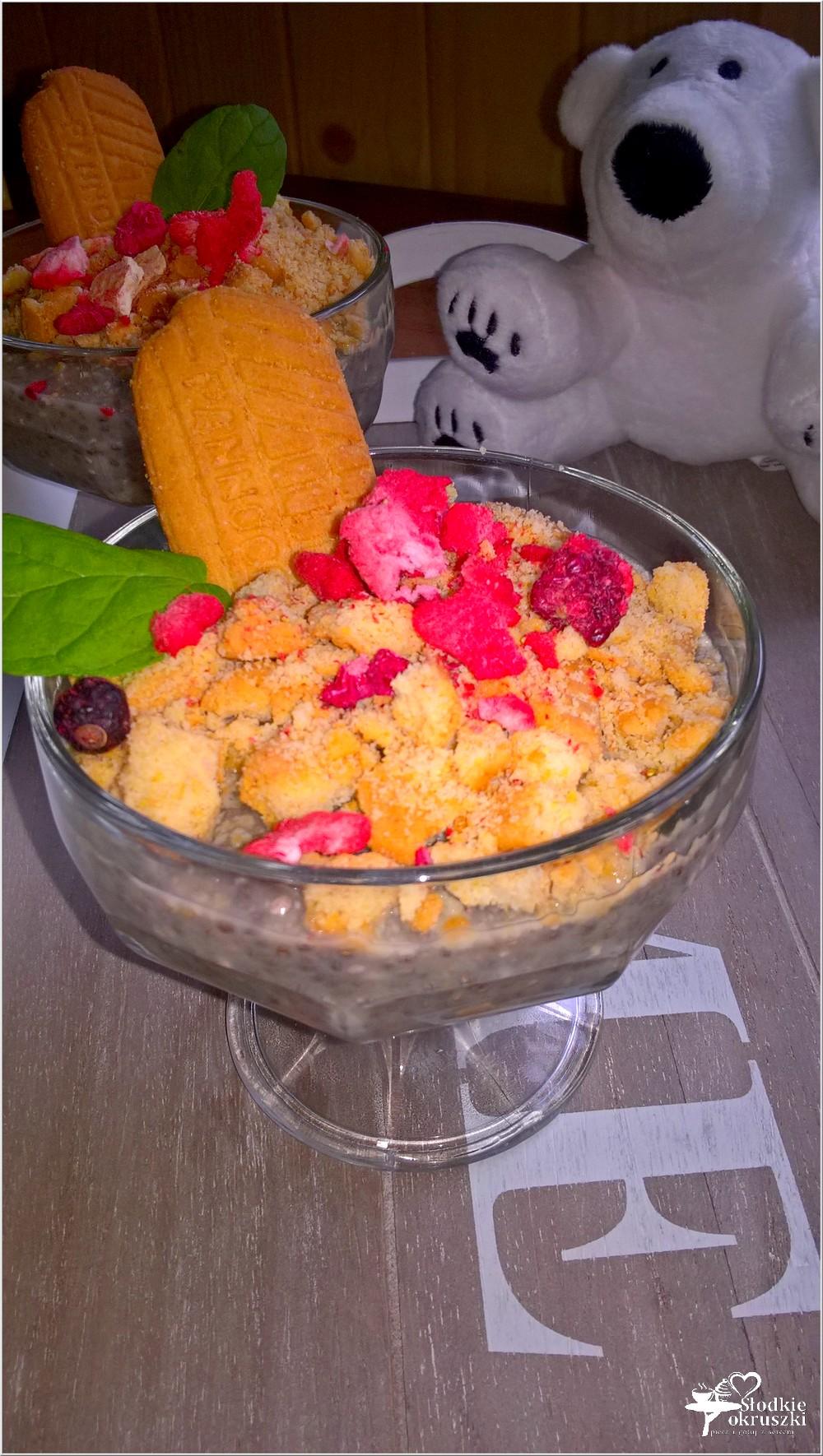 Kokosowy deser chia z chrupiącym ciasteczkiem (1)
