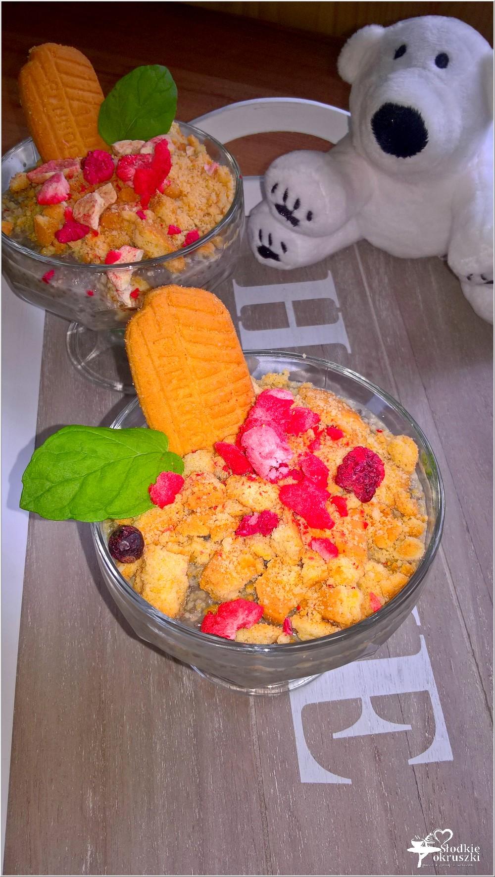 Kokosowy deser chia z chrupiącym ciasteczkiem (3)