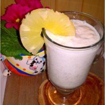 Pożywny koktajl ananasowo-jęczmienny (2)