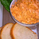Rybna kremowa pasta kanapkowa z prażoną cebulką