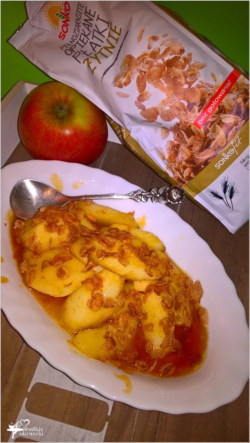 Imbirowo-miodowe jabłuszka z opiekanymi płatkami. Deser na ciepło (3)