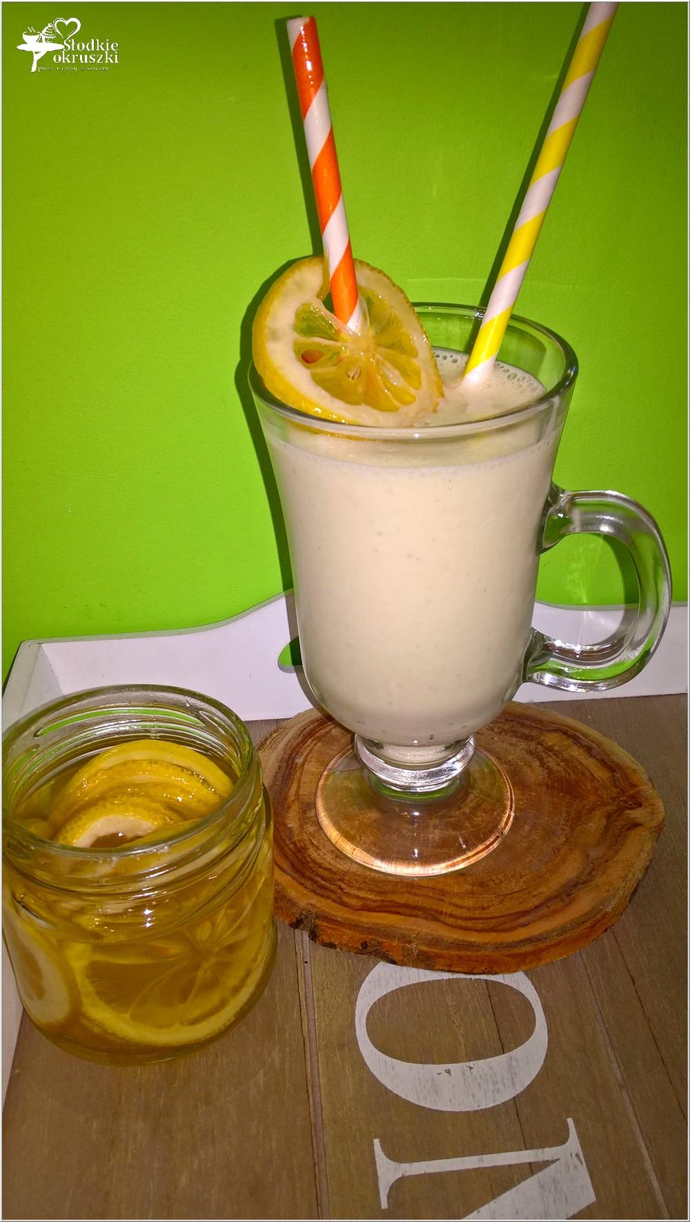 Waniliowo-rumowy shake z cytrynową nutą (1)