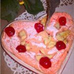 Wiśniowy serniczek z ricotty z kawałkami białej czekolady