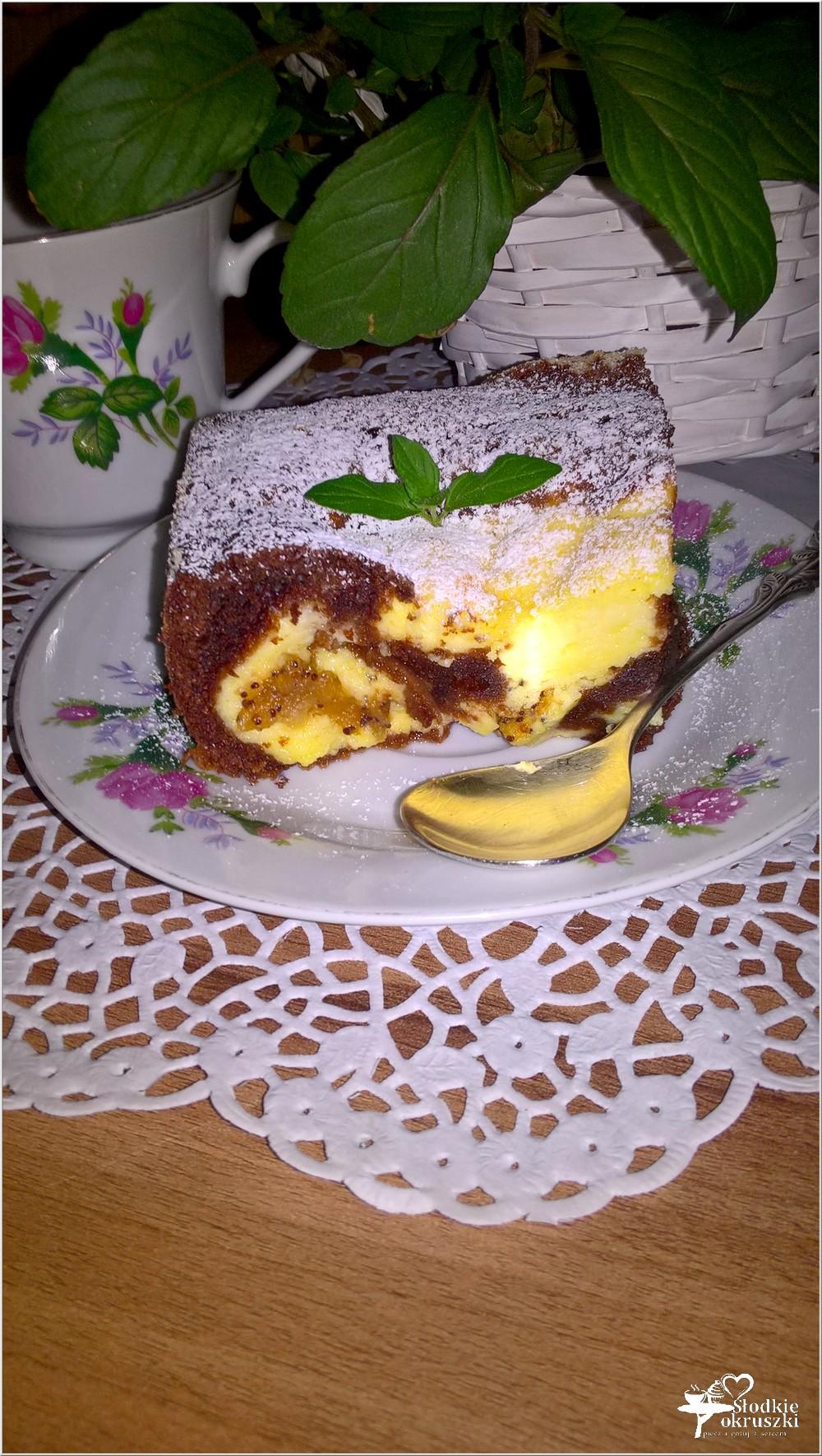 Ciasto czekoladowo serowe z figą z makiem (1)