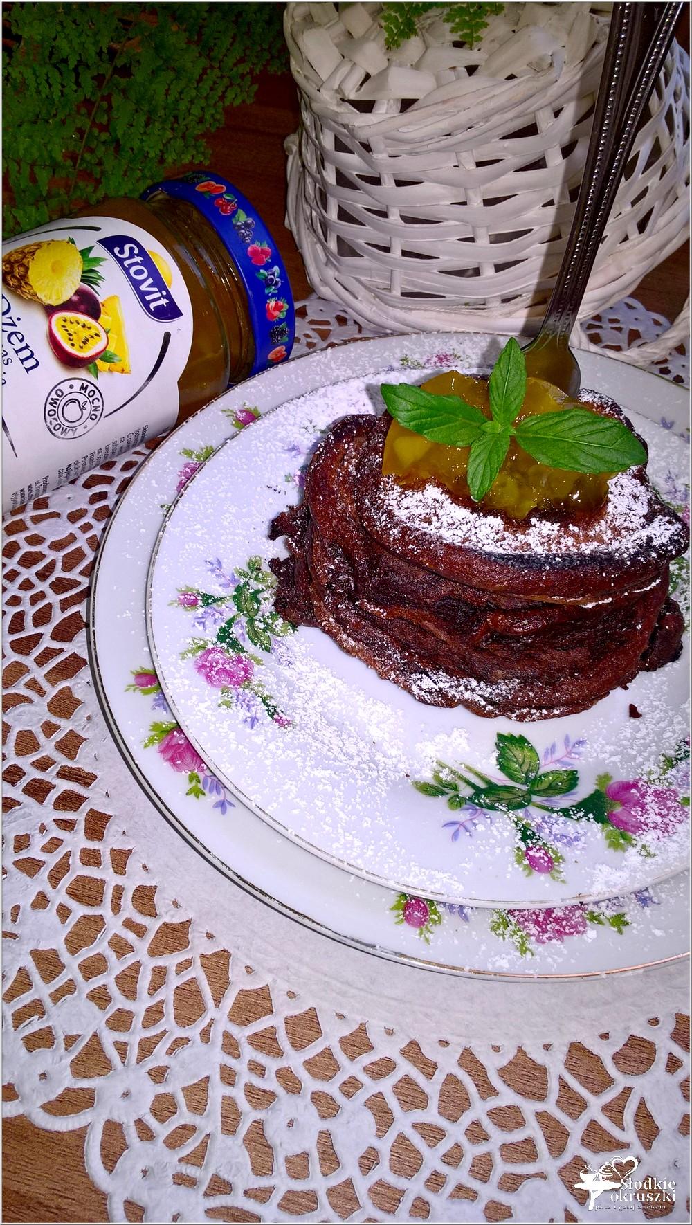 Szybkie czekoladowe placuszki z dżemem (2)