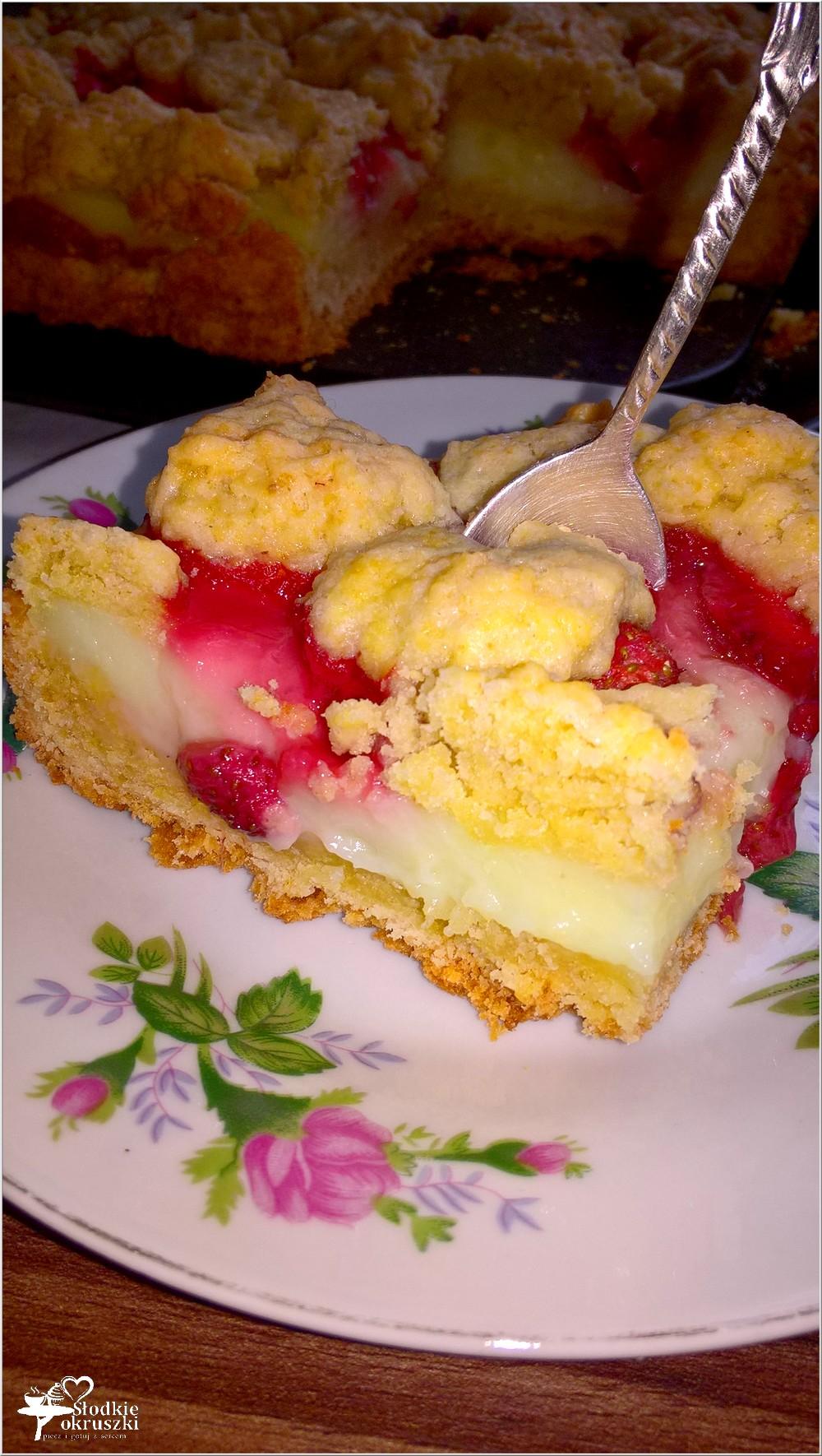 Ciasto z truskawkami i budyniem (kruche) (5)