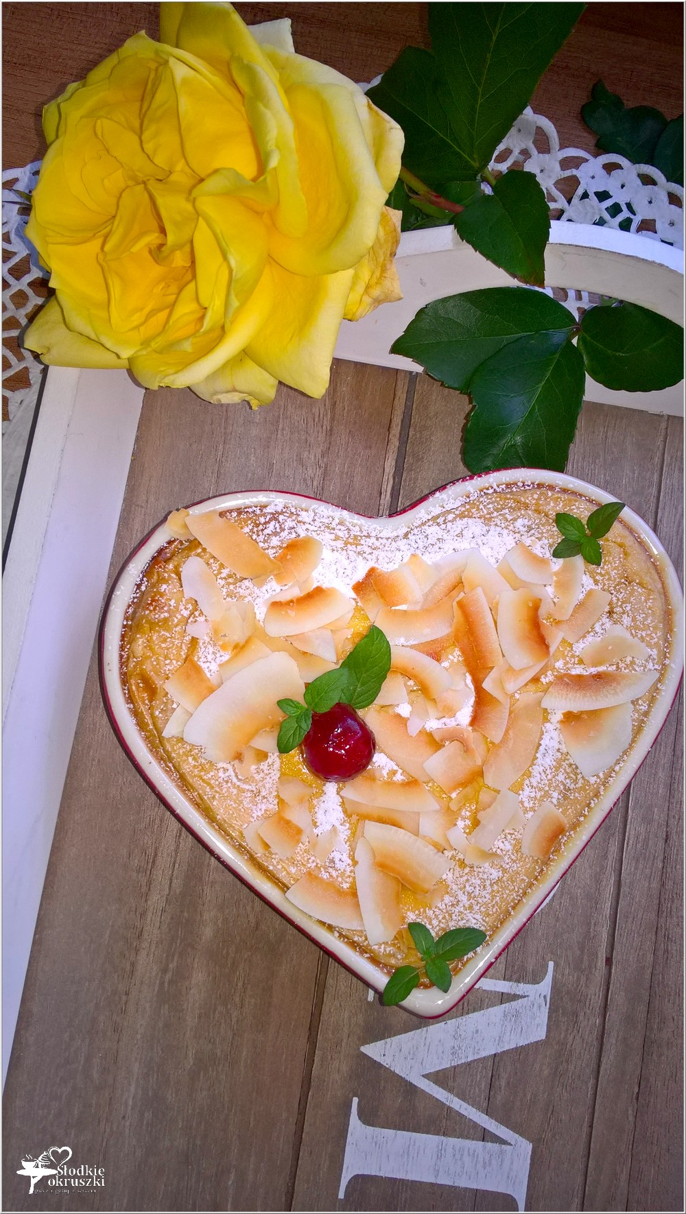 Delikatny kokosowy serniczek (z mlekiem kokosowym) (1)