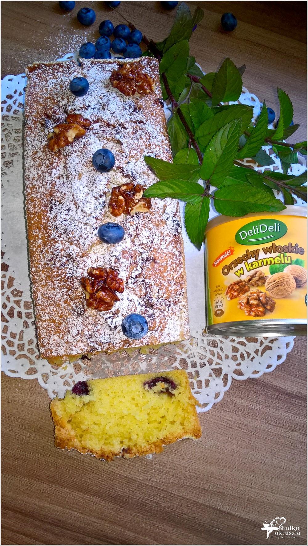 Ciasto z jagodami i orzechami włoskimi w karmelu (bez miksera) (2)